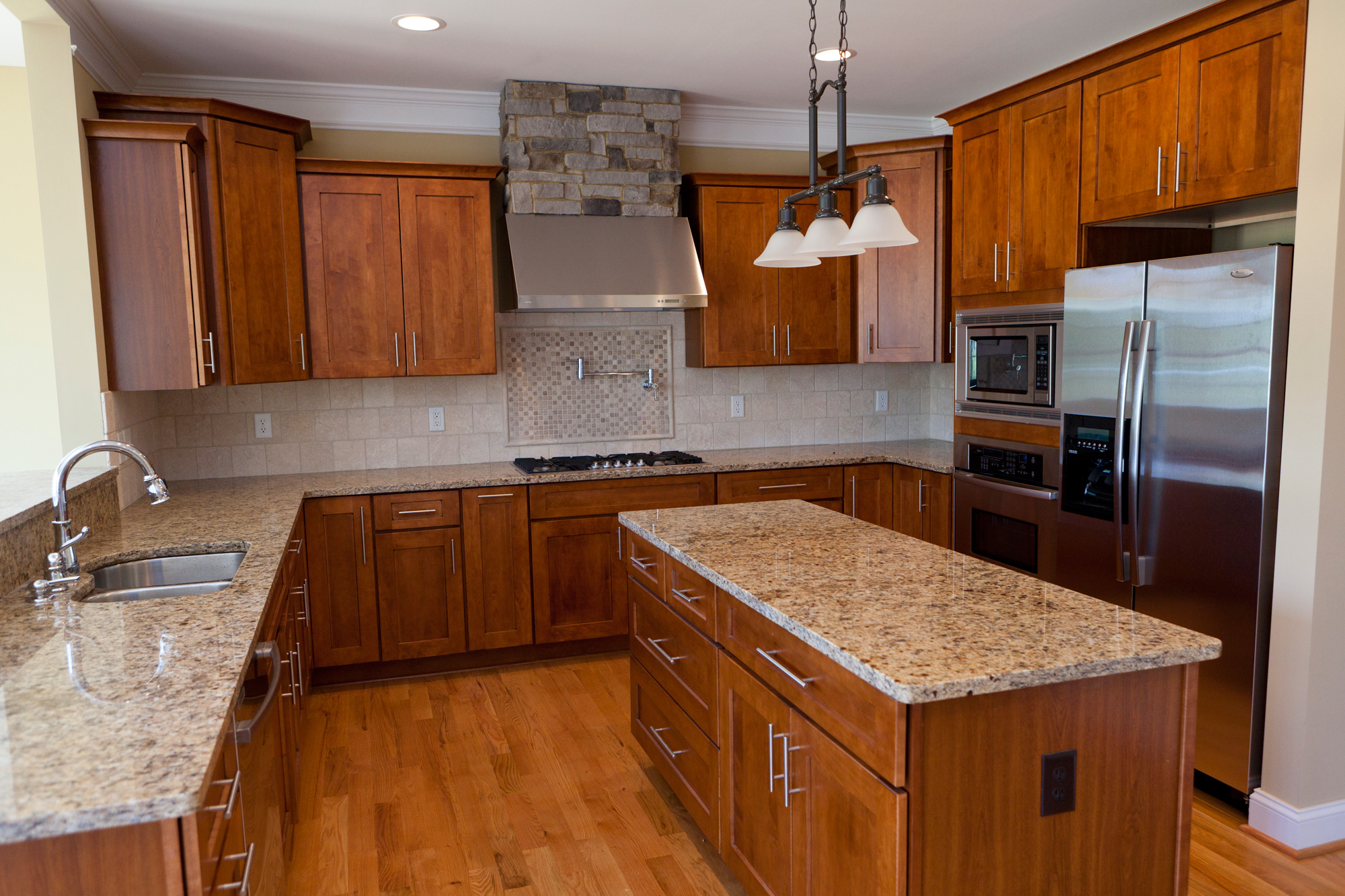 East palo alto contractor and home remodel company for Kitchen remodel pics